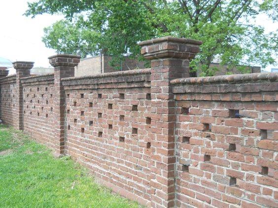 دیوار آجری سنتی